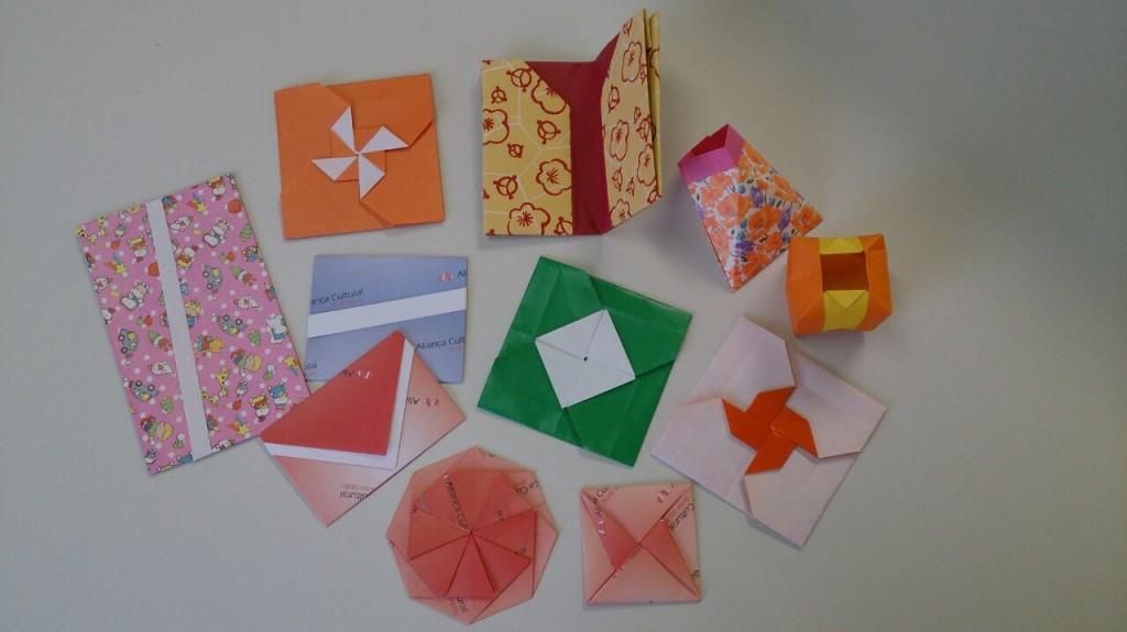 Origami envelopes e embalagens